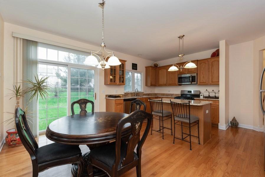 Real Estate Photography - 165 Hearthstone Drive, Bartlett, IL, 60103 - Kitchen