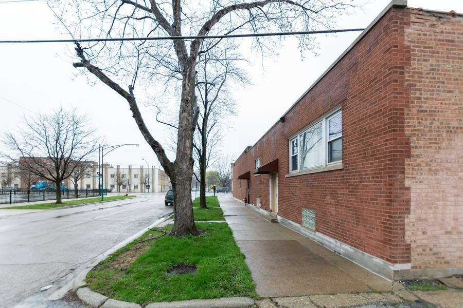 Real Estate Photography - 6457 S Pulaski RD, Chicago, IL, 60629 - Side View
