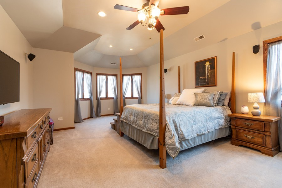 Real Estate Photography - 8015 Abbey Road, Tinley Park, IL, 60477 - Master Bedroom
