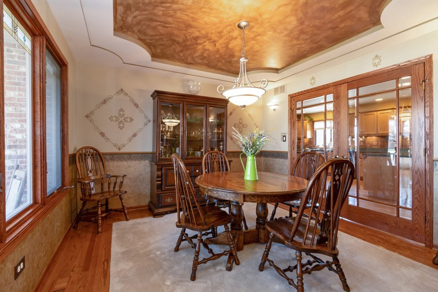 Real Estate Photography - 8015 Abbey Road, Tinley Park, IL, 60477 - Dining Room
