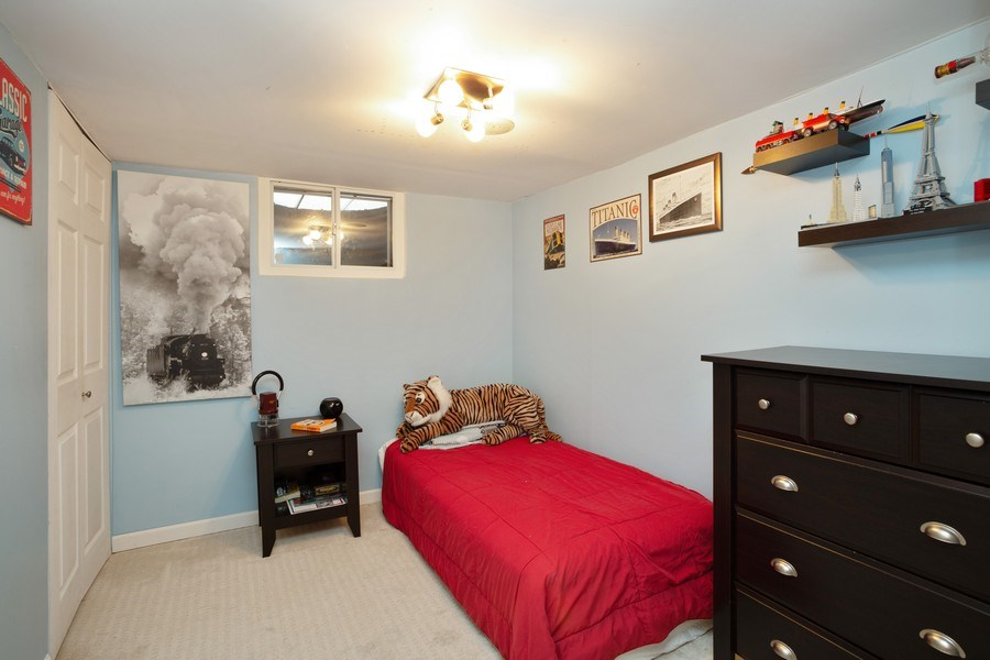Real Estate Photography - 306 Harlem, Glenview, IL, 60025 - 3rd Bedroom