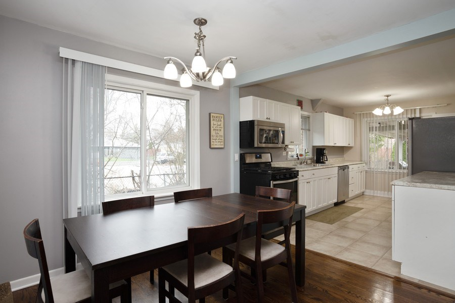 Real Estate Photography - 306 Harlem, Glenview, IL, 60025 - Kitchen / Dining Room