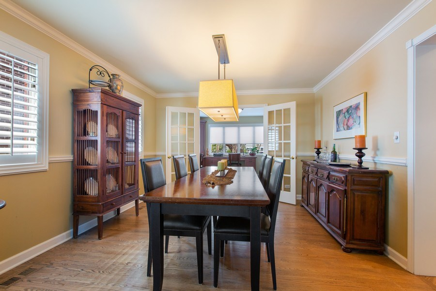 Real Estate Photography - 108 Oxford Ave., Clarendon Hills, IL, 60514 - Dining Room