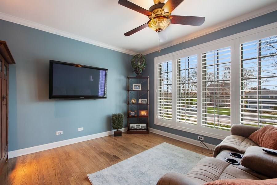 Real Estate Photography - 108 Oxford Ave., Clarendon Hills, IL, 60514 - Den