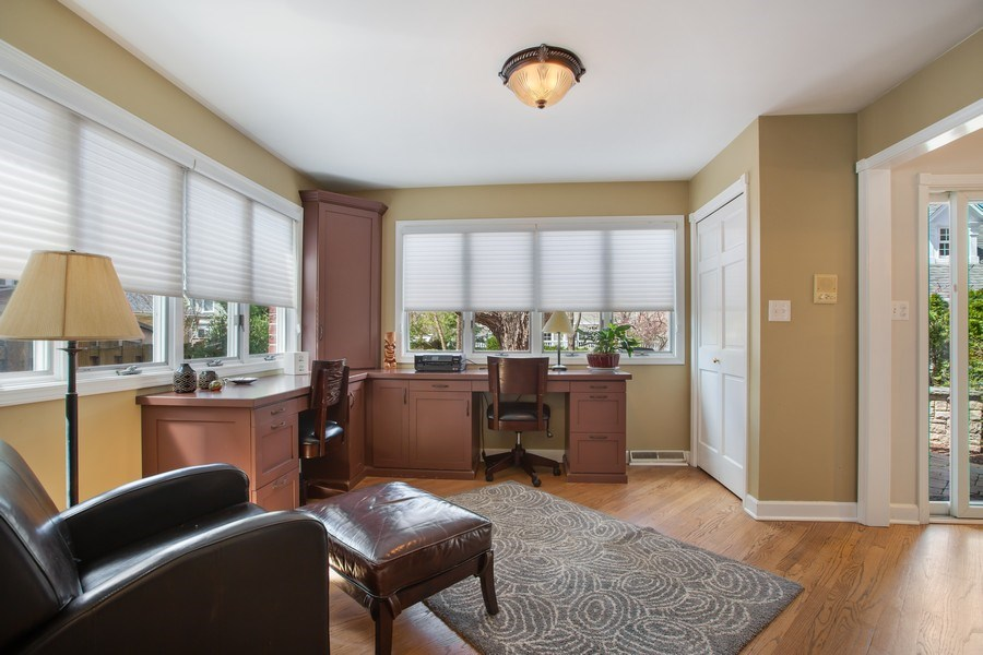 Real Estate Photography - 108 Oxford Ave., Clarendon Hills, IL, 60514 - Office