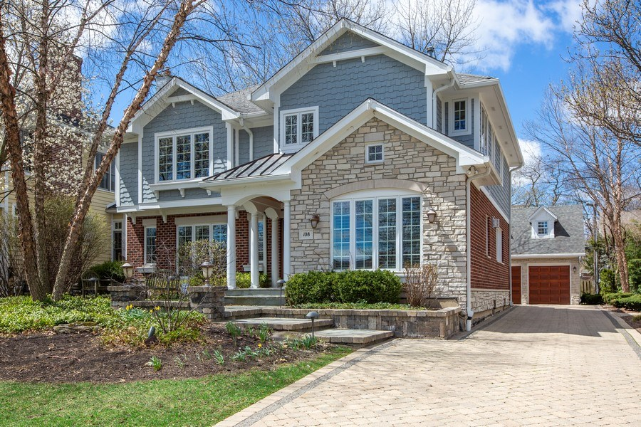 Real Estate Photography - 108 Oxford Ave., Clarendon Hills, IL, 60514 - Front of Home