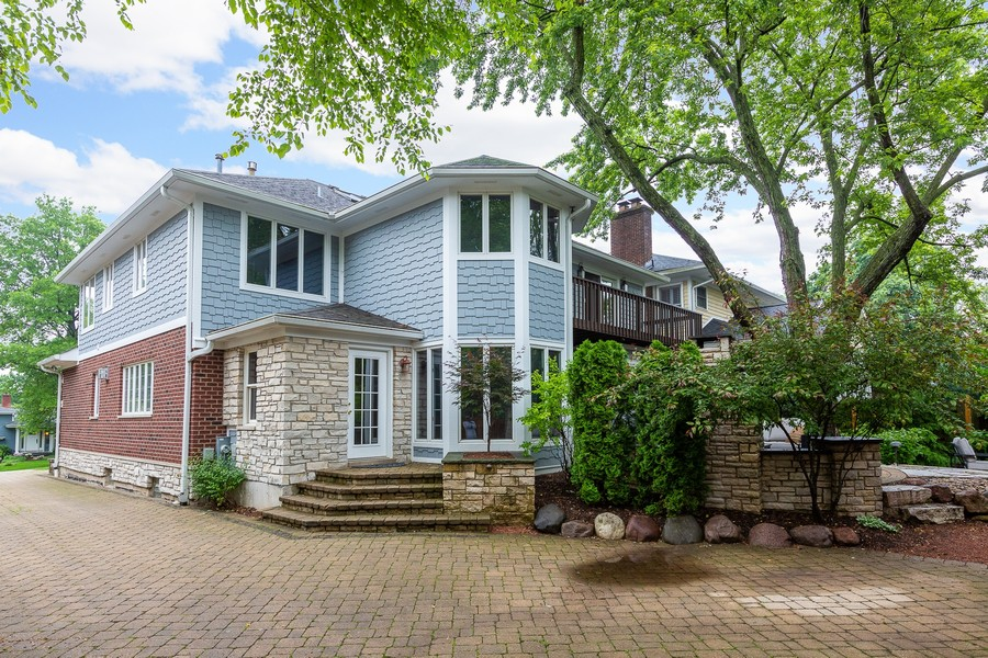 Real Estate Photography - 108 Oxford Ave., Clarendon Hills, IL, 60514 - Back of Home