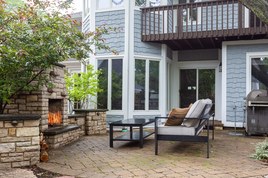 Real Estate Photography - 108 Oxford Ave., Clarendon Hills, IL, 60514 - Patio / Fireplace