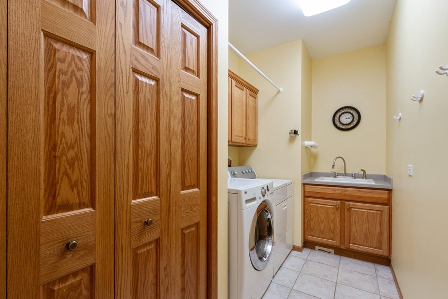 Real Estate Photography - 11105 Sandpiper Ct, Spring Grove, IL, 60081 - Laundry Room