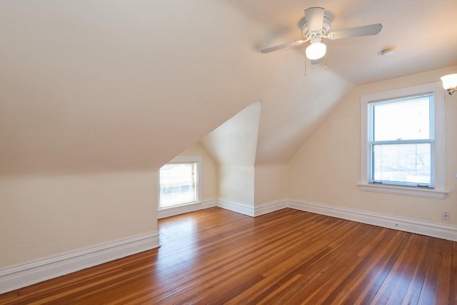 Real Estate Photography - 2622 Prairie, Evanston, IL, 60201 - Unit 2 - BR 3