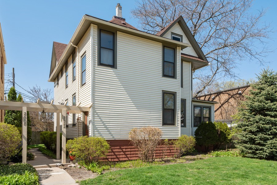 Real Estate Photography - 2622 Prairie, Evanston, IL, 60201 - Front View