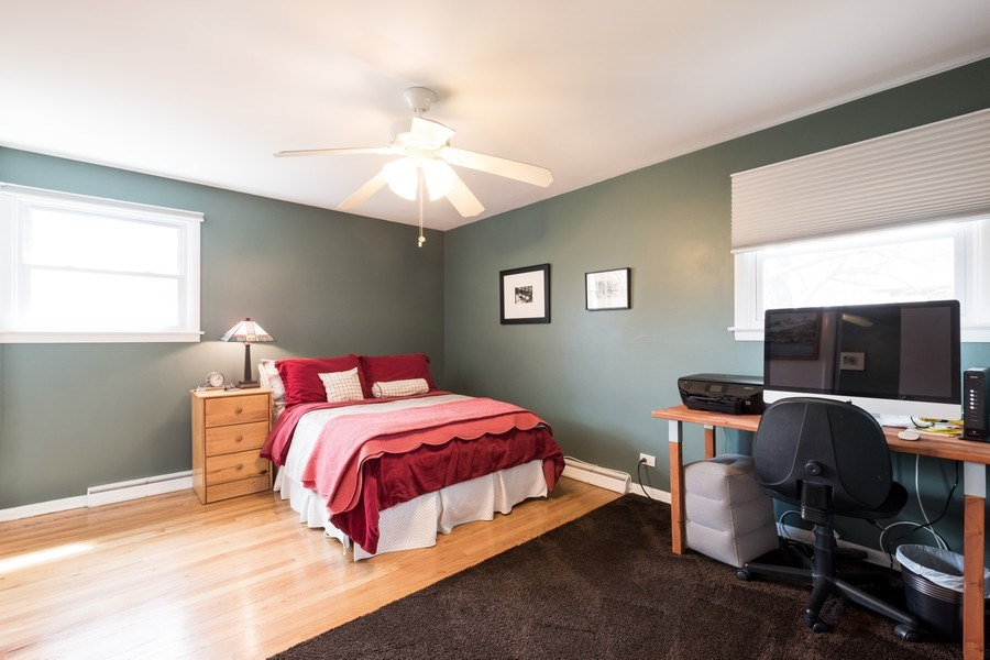 Real Estate Photography - 829 Lacrosse Ave, Wilmette, IL, 60091 - 2nd Bedroom