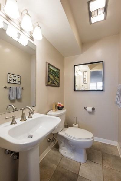 Real Estate Photography - 829 Lacrosse Ave, Wilmette, IL, 60091 - Half Bath