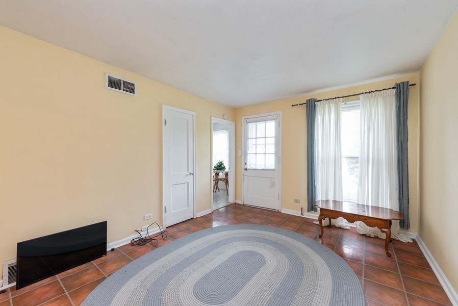 Real Estate Photography - 303 Broadmoor Avenue, Munster, IN, 46321 - Living Room