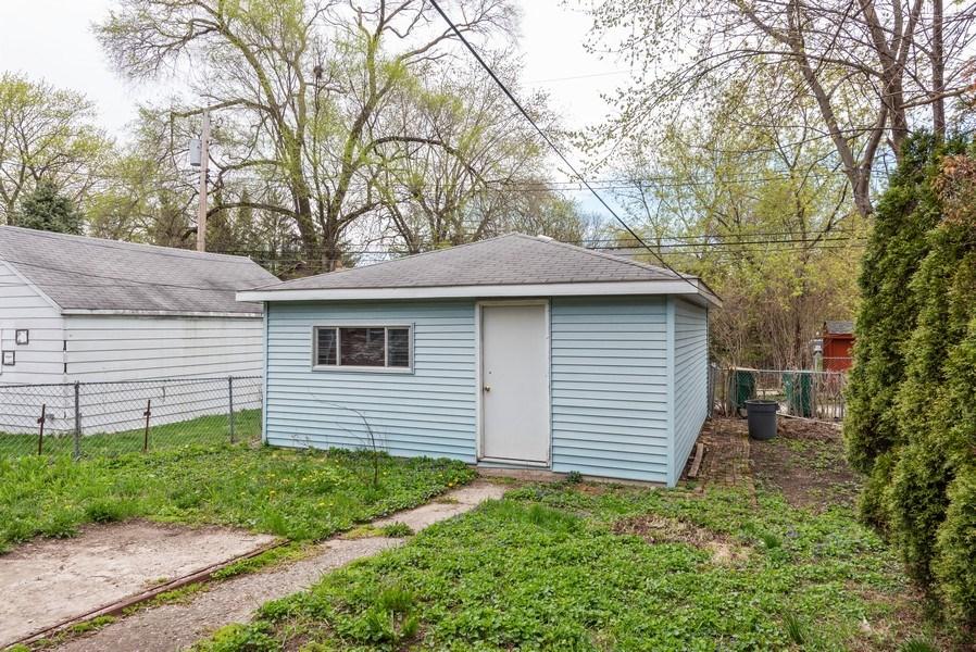 Real Estate Photography - 303 Broadmoor Avenue, Munster, IN, 46321 - Garage