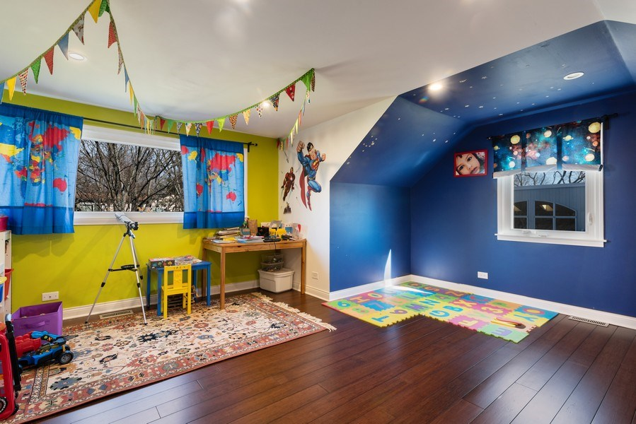 Real Estate Photography - 2423 Happy Hollow, Glenview, IL, 60026 - 4th Bedroom