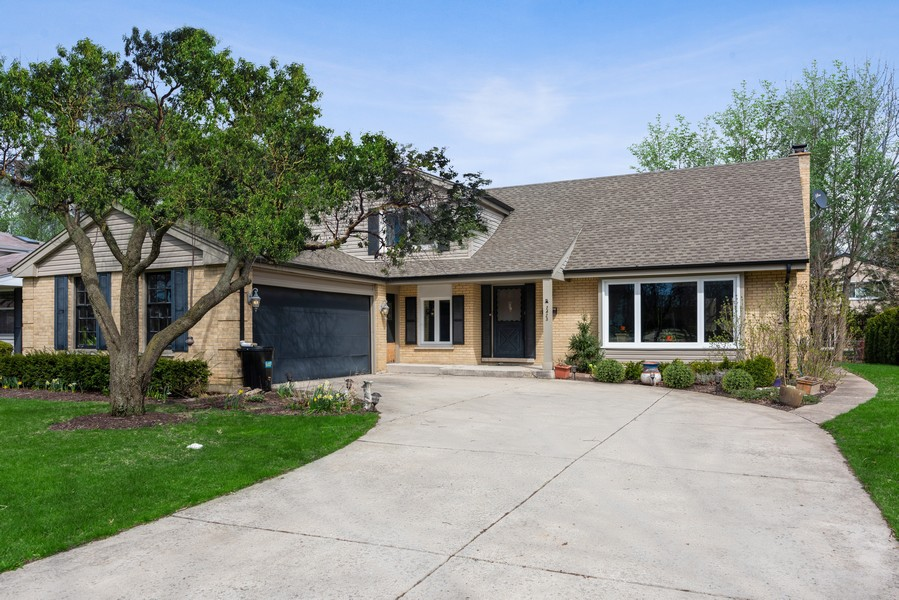 Real Estate Photography - 2423 Happy Hollow, Glenview, IL, 60026 -