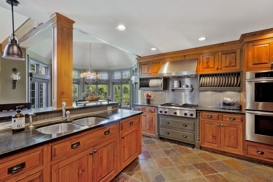 Real Estate Photography - 222 E. Colfax Street, Palatine, IL, 60067 - Kitchen