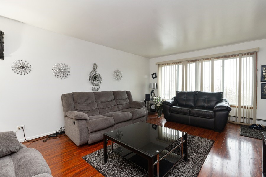 Real Estate Photography - 494 Jeffery Ave, Calumet City, IL, 60409 - Living Room