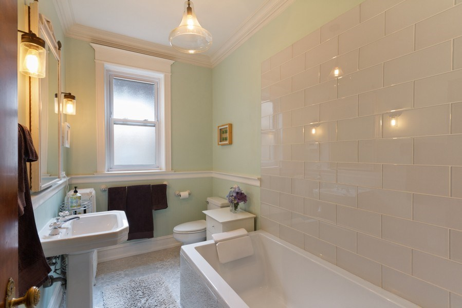 Real Estate Photography - 519 W. Surf, Chicago, IL, 60657 - Bathroom
