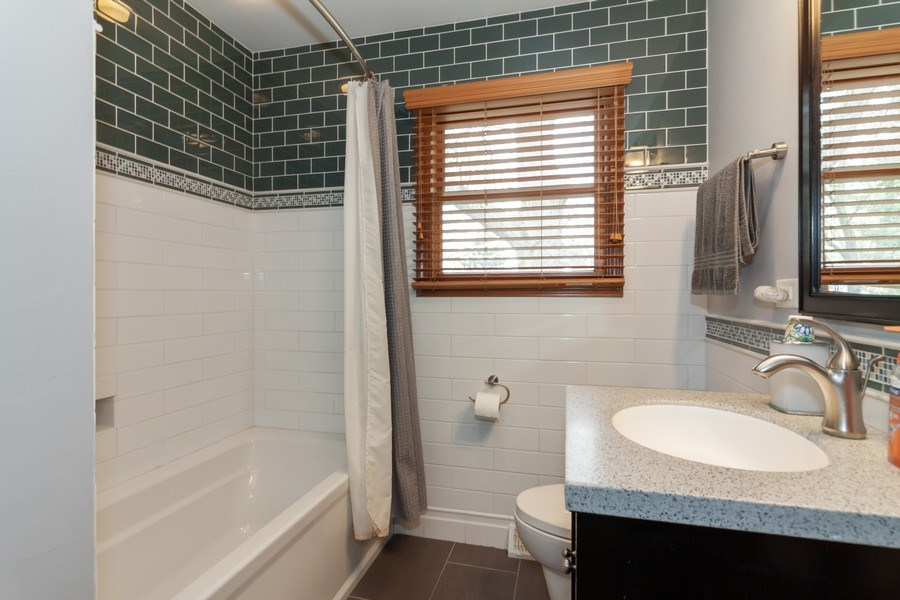Real Estate Photography - 1S155Myrtle Avenue, Oakbrook Terrace, IL, 60181 - Bathroom