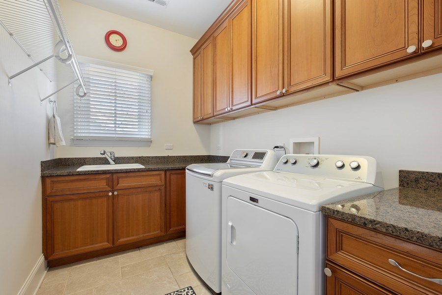 Real Estate Photography - 1549 Stratford Road, Deerfield, IL, 60015 - Laundry Room