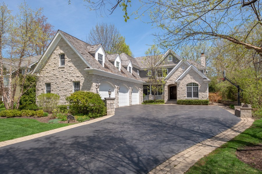 Real Estate Photography - 1549 Stratford Road, Deerfield, IL, 60015 - Front View