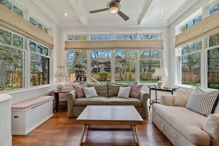 Real Estate Photography - 1549 Stratford Road, Deerfield, IL, 60015 - Sun Room
