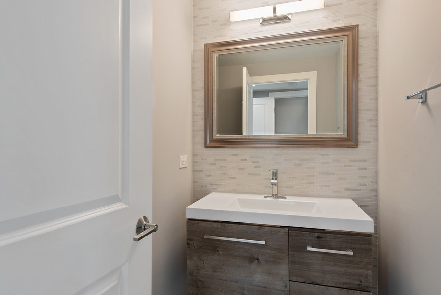 Real Estate Photography - 13 Stacy Ct, Glenview, IL, 60025 - Powder Room