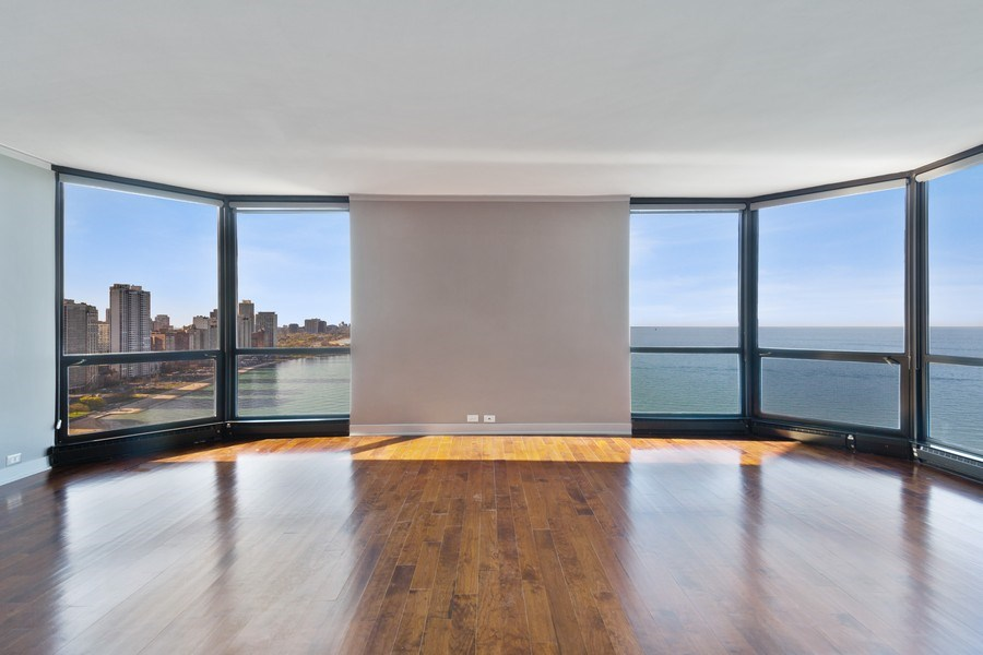 Real Estate Photography - 990 N Lake Shore Dr, 26D, Chicago, IL, 60611 - Living Room