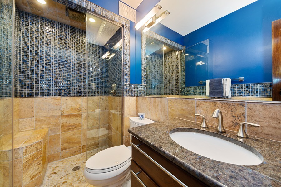 Real Estate Photography - 990 N Lake Shore Dr, 26D, Chicago, IL, 60611 - Bathroom