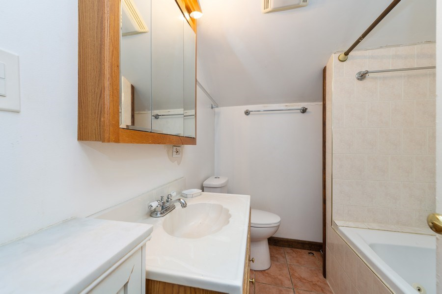 Real Estate Photography - 1620 N Troy St, Chicago, IL, 60647 - Bathroom