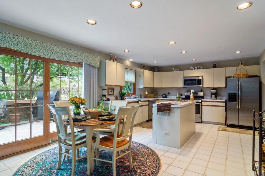 Real Estate Photography - 2451 Walden Ln, Arlington Heights, IL, 60004 - Kitchen / Breakfast Room