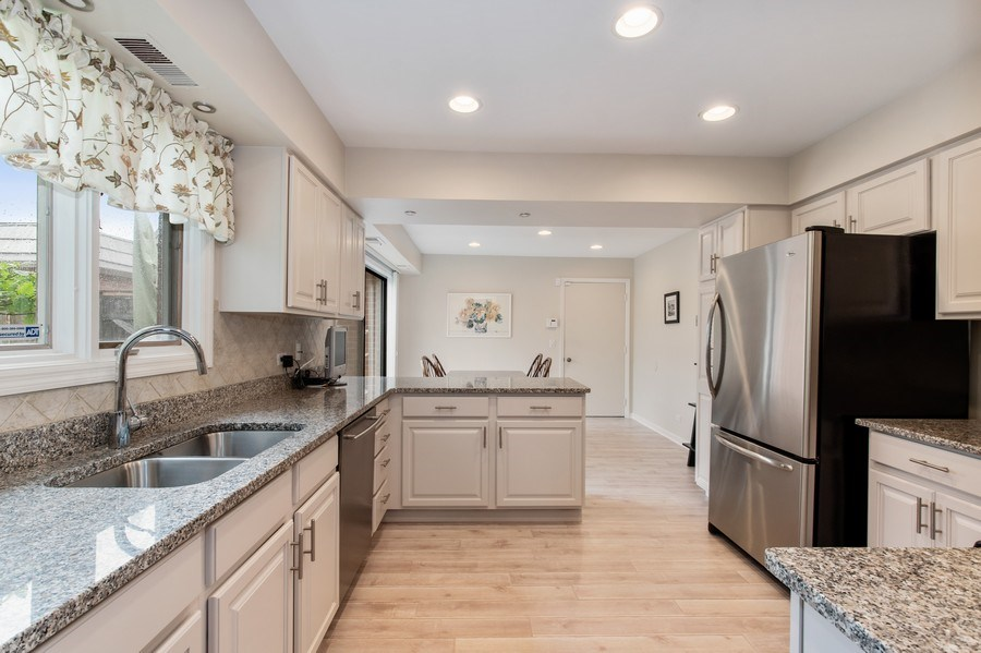 Real Estate Photography - 708 Orleans Dr, Highland Park, IL, 60035 - Kitchen