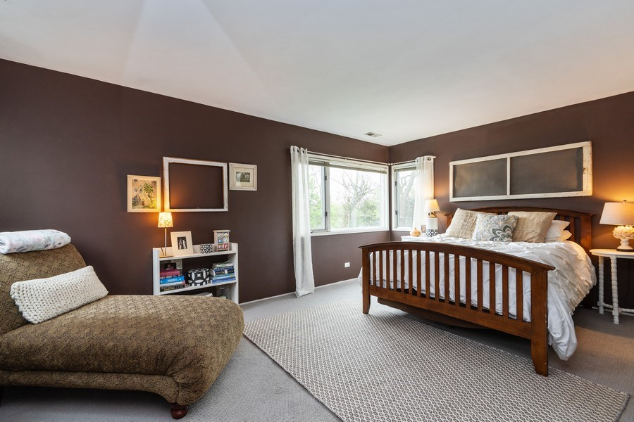 Real Estate Photography - 2303 Hutchison, Flossmoor, IL, 60422 - Master Bedroom