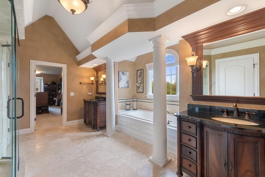 Real Estate Photography - 39W165 Longmeadow Ln, St. Charles, IL, 60175 - Master Bathroom