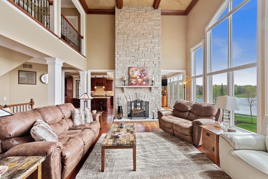 Real Estate Photography - 39W165 Longmeadow Ln, St. Charles, IL, 60175 - Family Room