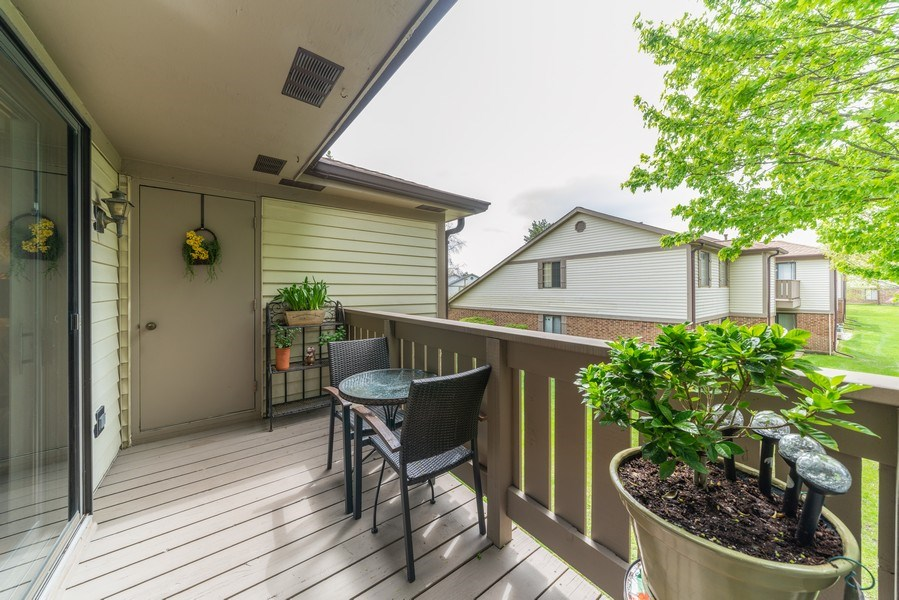 Real Estate Photography - 4120 N Mallard Drive, Unit 4, Arlington Heights, IL, 60004 - Balcony