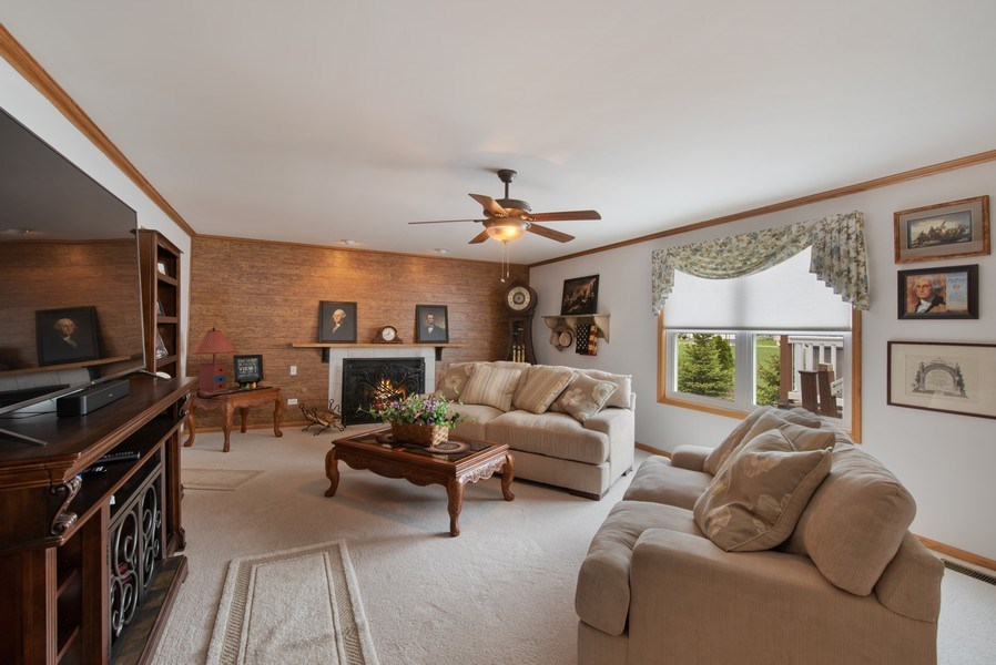 Real Estate Photography - 265 Mallards Cove, Beecher, IL, 60401 - Family Room