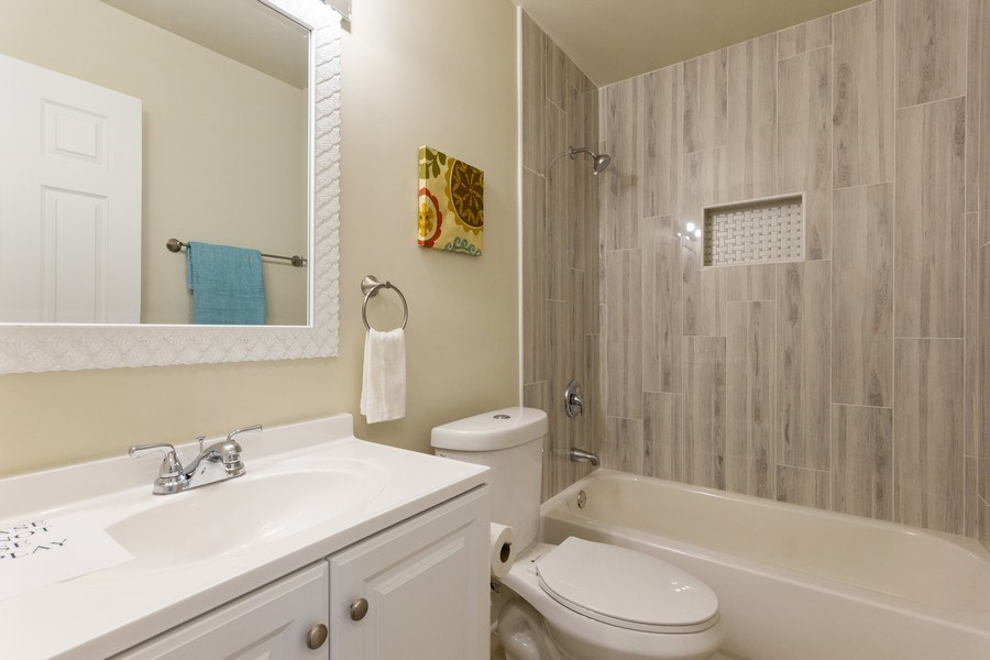 Real Estate Photography - 107 Dolores ST, Oswego, IL, 60543 - Bathroom