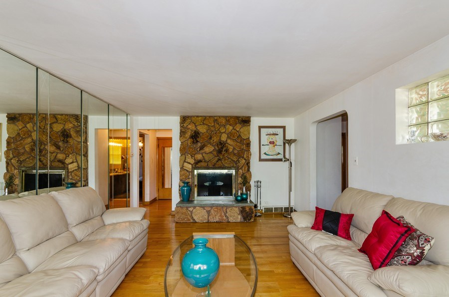 Real Estate Photography - 11605 S. Parnell, Chicago, IL, 60628 - Living Room