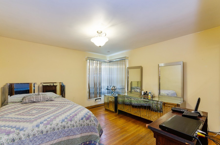 Real Estate Photography - 11605 S. Parnell, Chicago, IL, 60628 - Bedroom