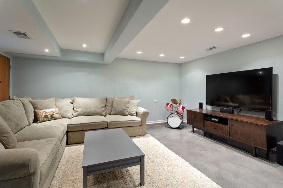 Real Estate Photography - 2432 W Huron St, Chicago, IL, 60612 - Basement