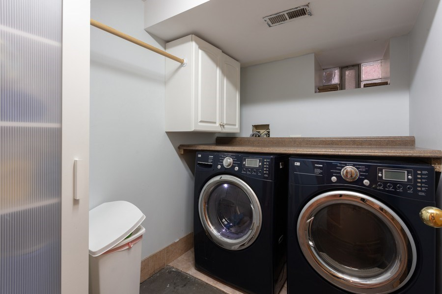 Real Estate Photography - 2432 W Huron St, Chicago, IL, 60612 - Laundry Room