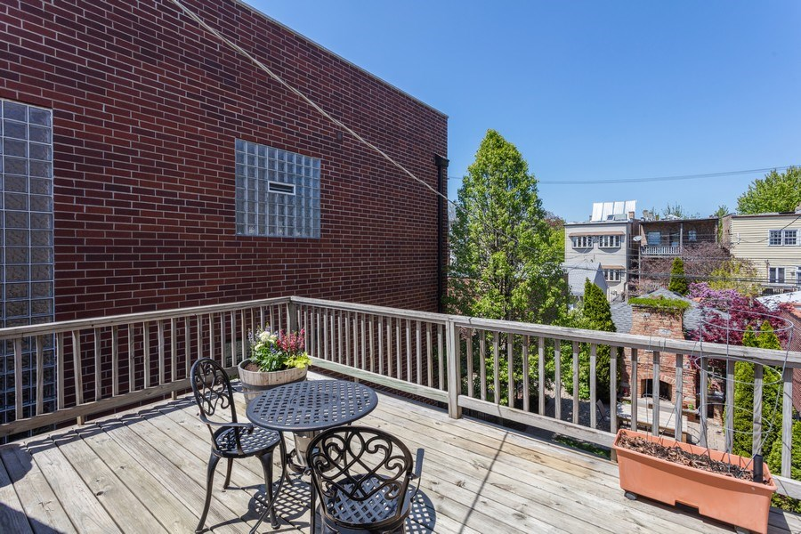 Real Estate Photography - 2432 W Huron St, Chicago, IL, 60612 - Balcony