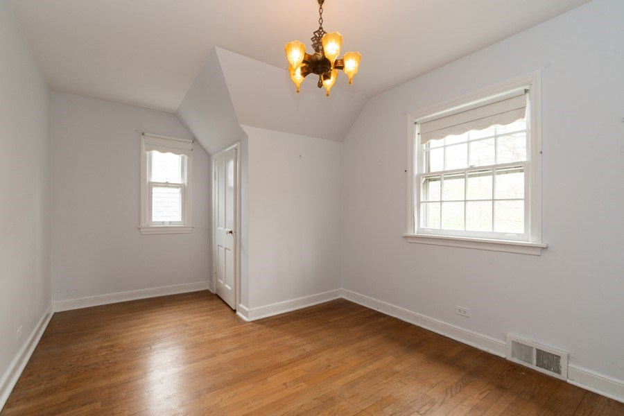 Real Estate Photography - 12420 S Iroquois Rd, Palos Park, IL, 60464 - 2nd Bedroom