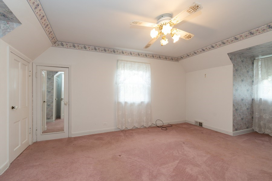 Real Estate Photography - 12420 S Iroquois Rd, Palos Park, IL, 60464 - Bedroom