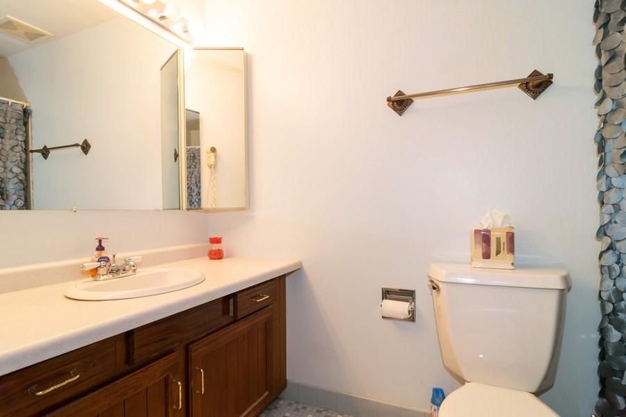 Real Estate Photography - 1574 Brookside Dr., Hoffman Estates, IL, 60194 - Master Bathroom