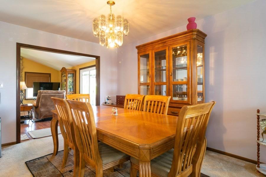 Real Estate Photography - 1574 Brookside Dr., Hoffman Estates, IL, 60194 - Dining Room