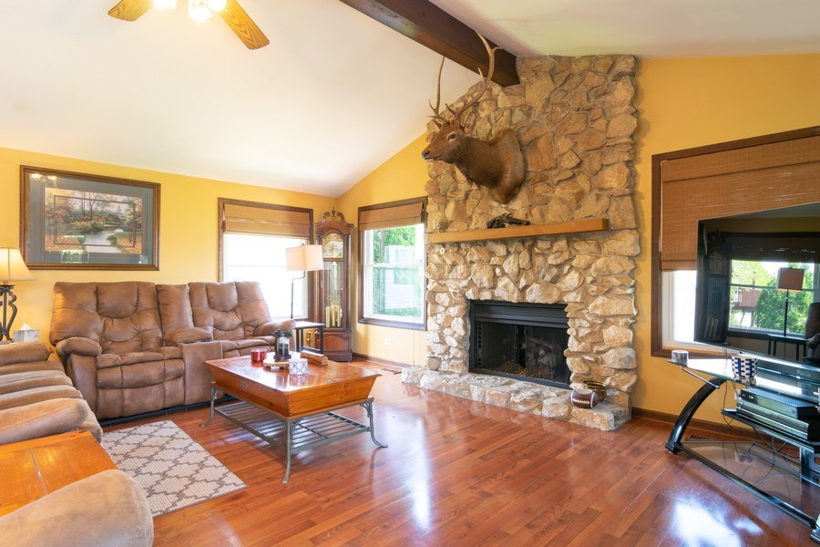 Real Estate Photography - 1574 Brookside Dr., Hoffman Estates, IL, 60194 - Family Room